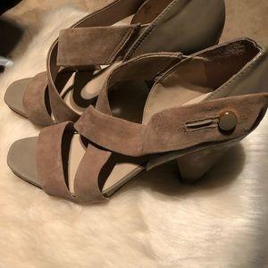 Open toe cross fabric heels